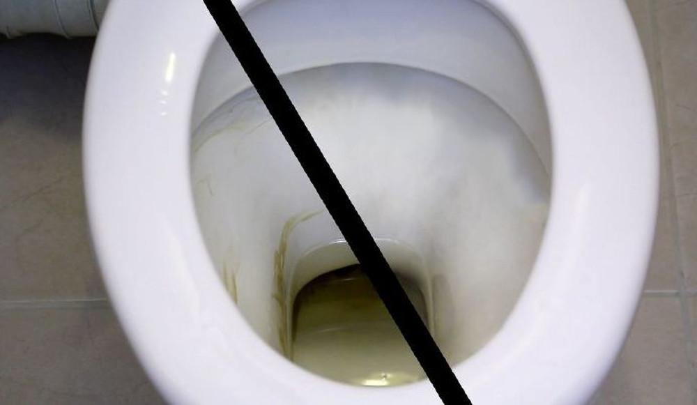 Le meilleur truc pour laver la bol de toilette avec des produits naturels!