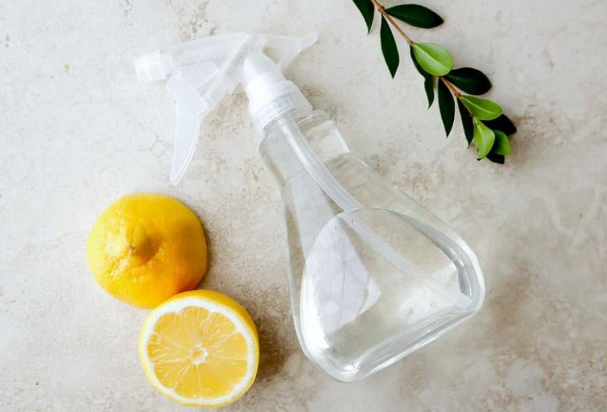 Le truc facile pour faire un nettoyant contre la moisissure (3 ingrédients)!