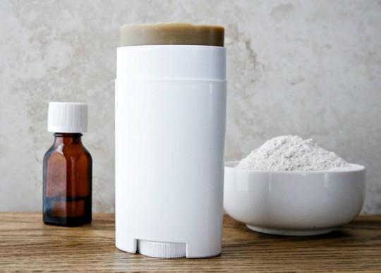 Le truc pour faire un déodorant maison à la noix de coco!