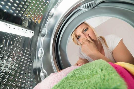 Voici 4 façons d'éviter l'odeur de moisi des serviettes!