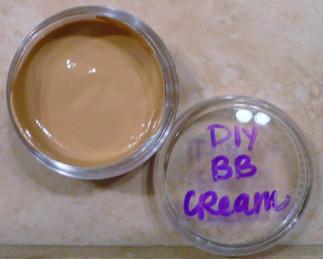 BB crème maison très facile à faire (4 ingrédients seulement!)