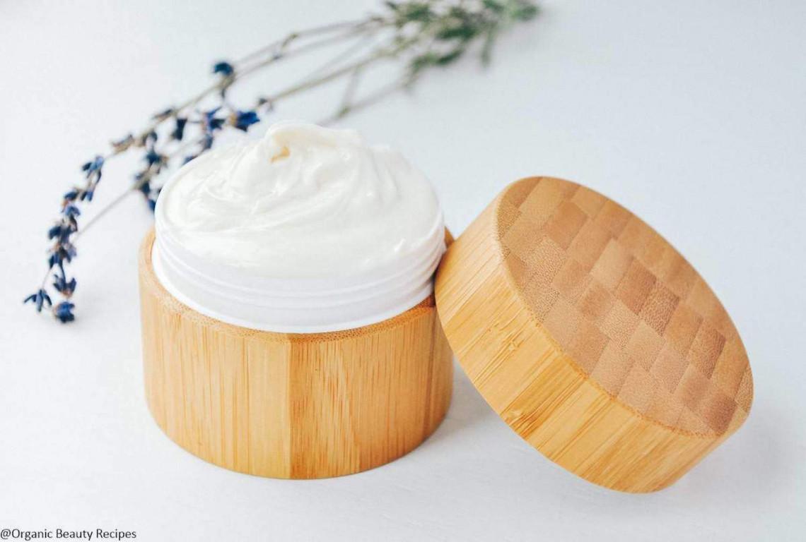 Crème hydratante maison pour le visage naturelle et efficace!