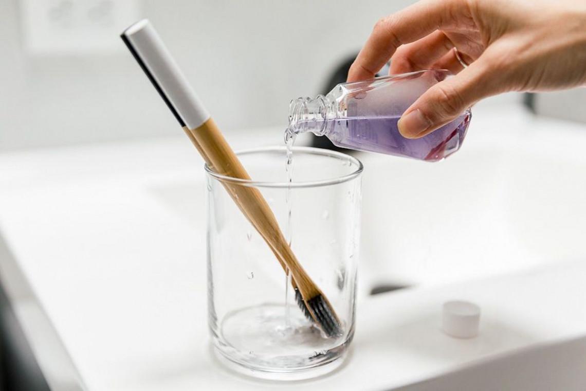 Comment désinfecter naturellement sa brosse à dents?