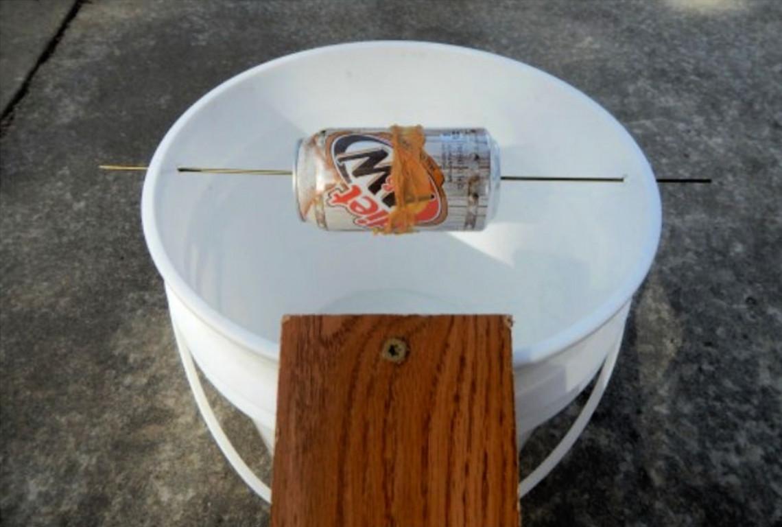Une trappe à souris maison qui est super efficace et très facile à faire!